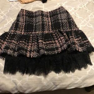 Plaid skirt with lace detail trim